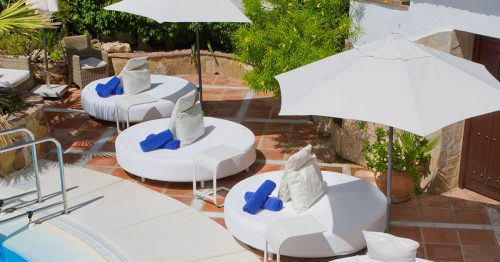 Book your Afternoon on a VIP Sun Bed at El Oceano Hotel and Restaurant between Marbella and La Cala on the Costa del Sol