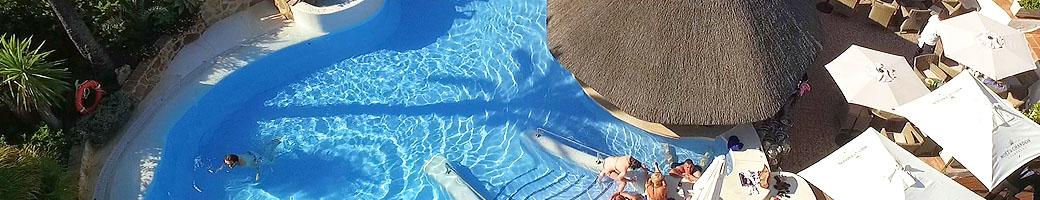 The Outdoor Pool and Pool Bar at El Oceano Hotel between Marbella and La Cala de Mijas